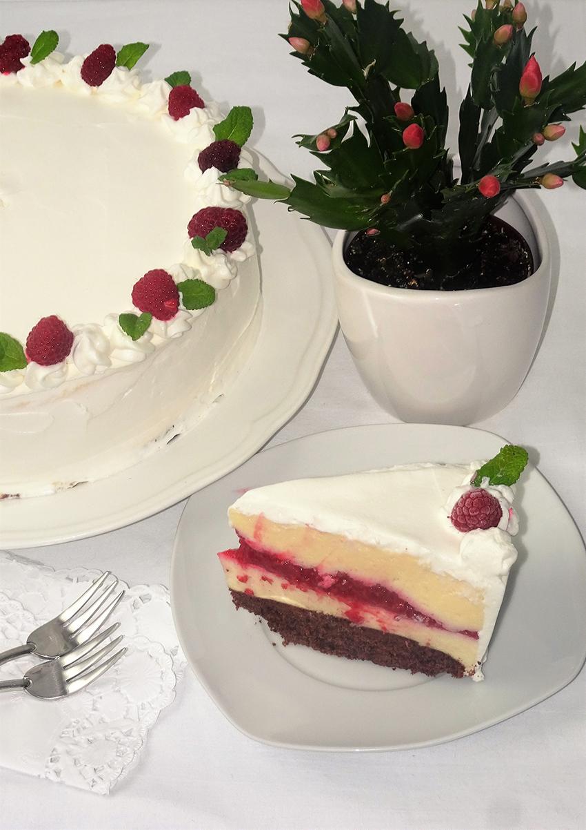 obiteljska-torta-s-malinama
