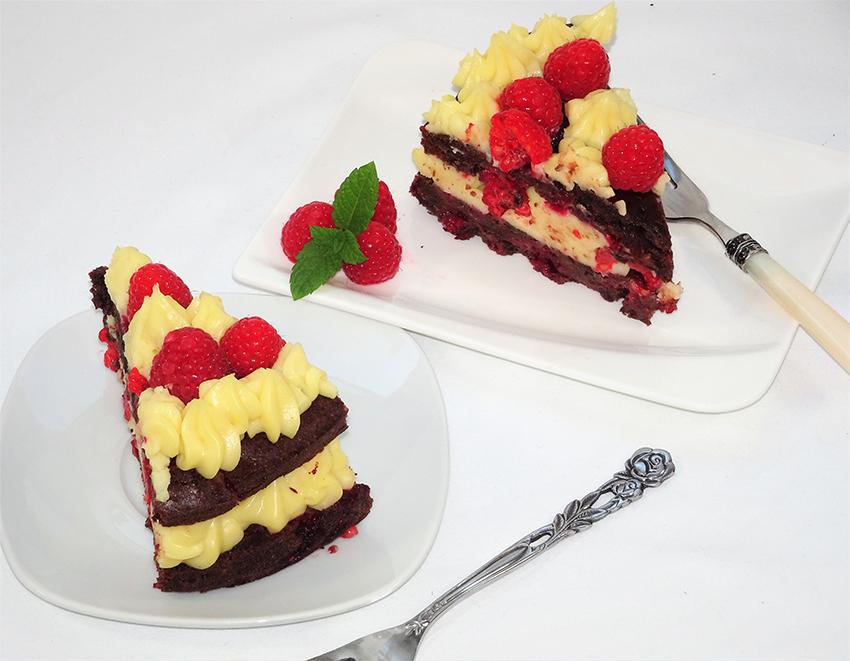 Čokoladna torta s malinama i kremom od vanilije