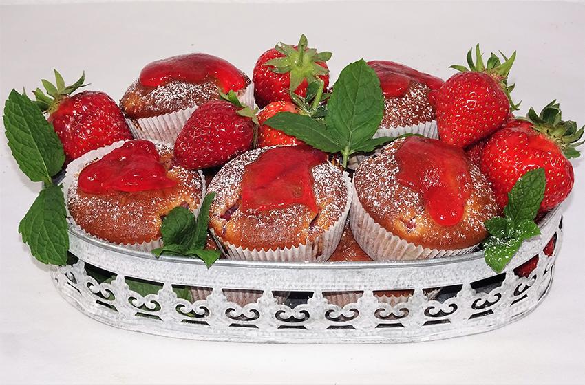 Muffini s jagodama i svježim krem sirom