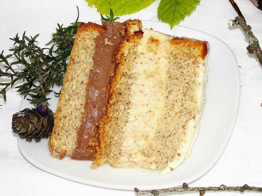 Kremasta torta s orasima i bademima